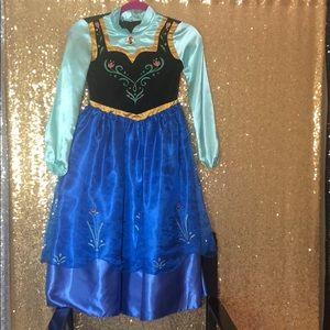 Original frozen sister dress by disney